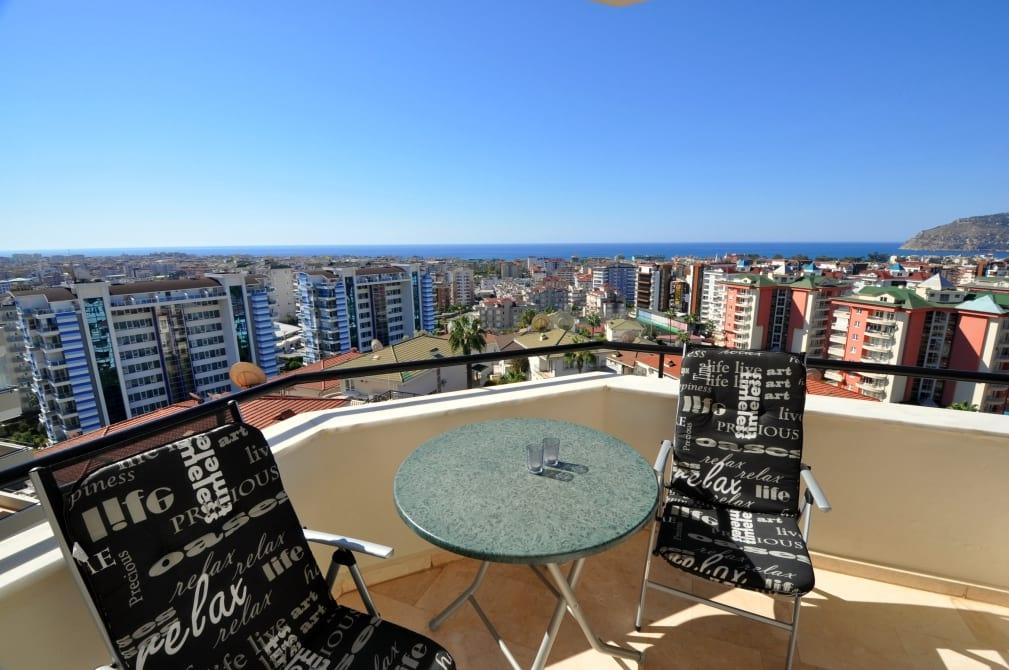 Image of Utopia 2+1 Castle view